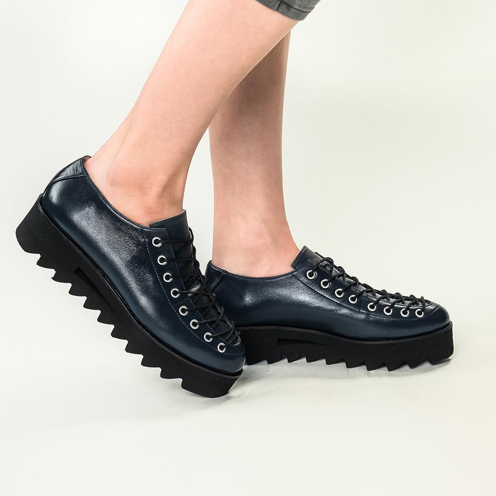 Pantofi din piele naturala bleumarin Evelyne