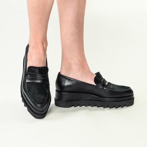Pantofi din piele naturala negru Roberta