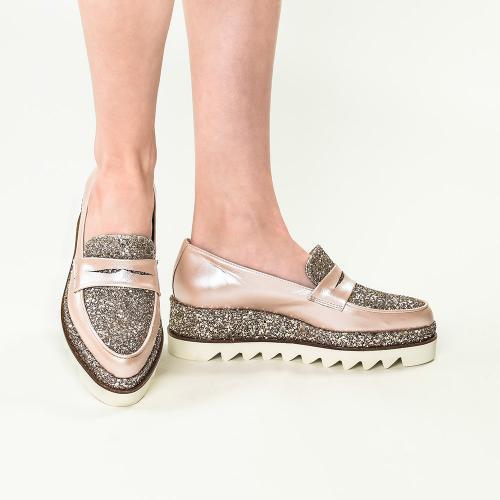 Pantofi din piele naturala nude Roberta